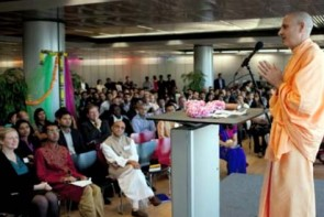 """Radhanath Swami's """"The Journey Home"""" - Official UK Book Launch"""