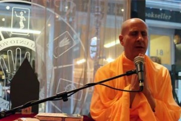Radhanath Swami in Watkins Book Store